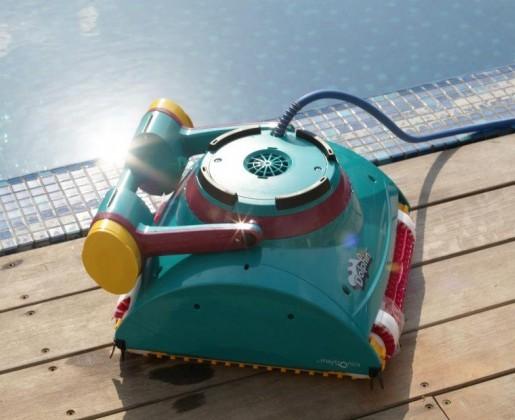 Роботы для малых и средних бассейнов